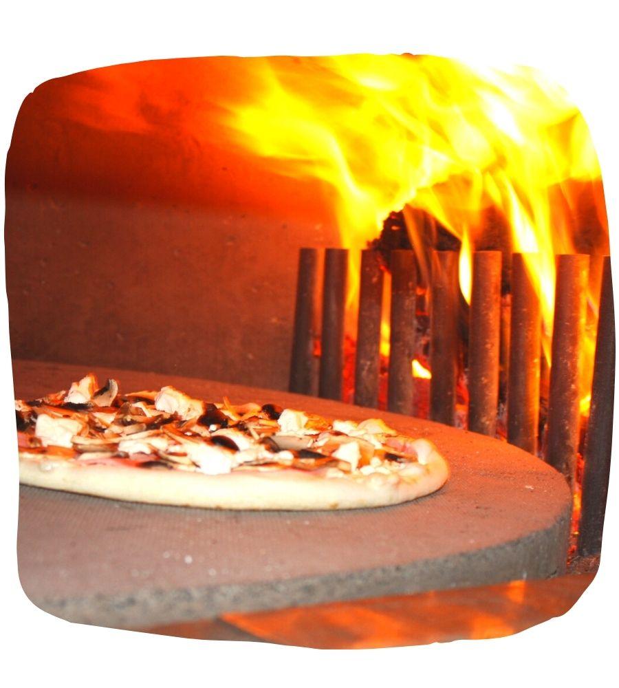 Pizzas cuites au feu de bois à Chauray 79